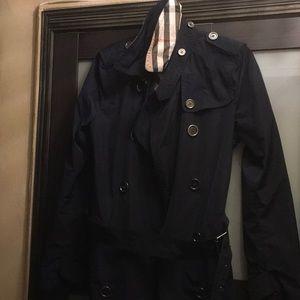 Burberry long coat rain, navy like new sz 8